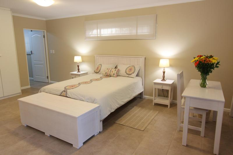 Queen size double bed in main room