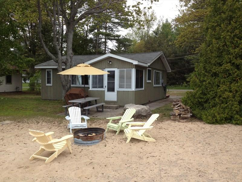 Beach Bum Escape - Image 1 - East Tawas - rentals