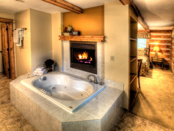 Fireplace and Jacuzzi Tub