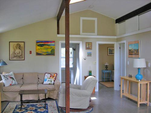 Spacious Great Room, The Pine, Cottage Guest, Cape Cod