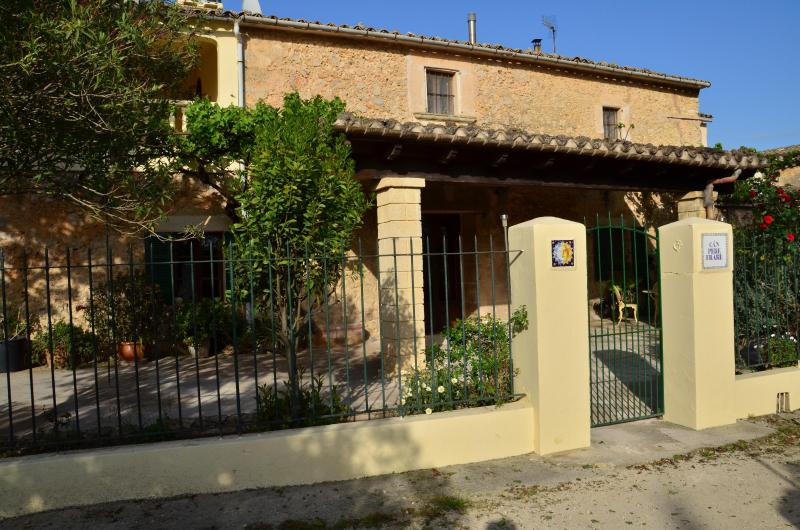 Can Pere Frare Entry - Can Pere Frare Historic Rural - Llubi - rentals