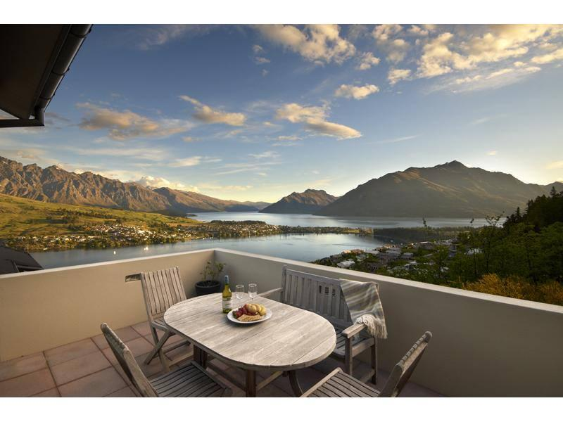 Lake and Queenstown Mountain Views