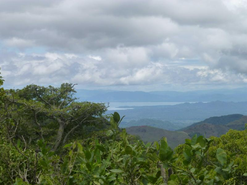 Drink your coffee and drink this amazing Nicoya gulf and mountain view from your living room