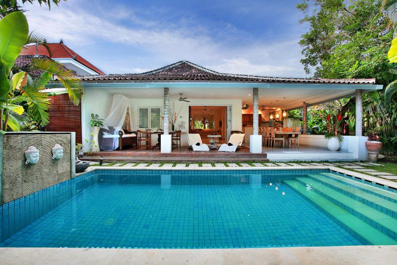 Beautiful Villa Pool