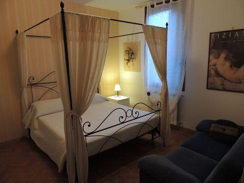 main bedroom - Accademia Quiet and New Adormo - Venice - rentals