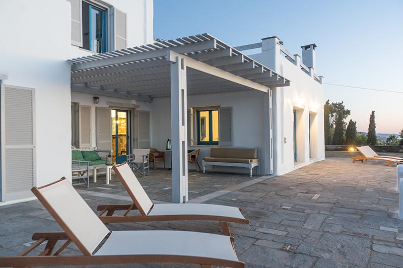 Enjoy the unique view of the port of Paros in a luxury villa
