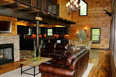 Beautiful wood craftsmanship, 1st stone fire place, TV, blueray, gas logs, with a 'real' cabin feel.