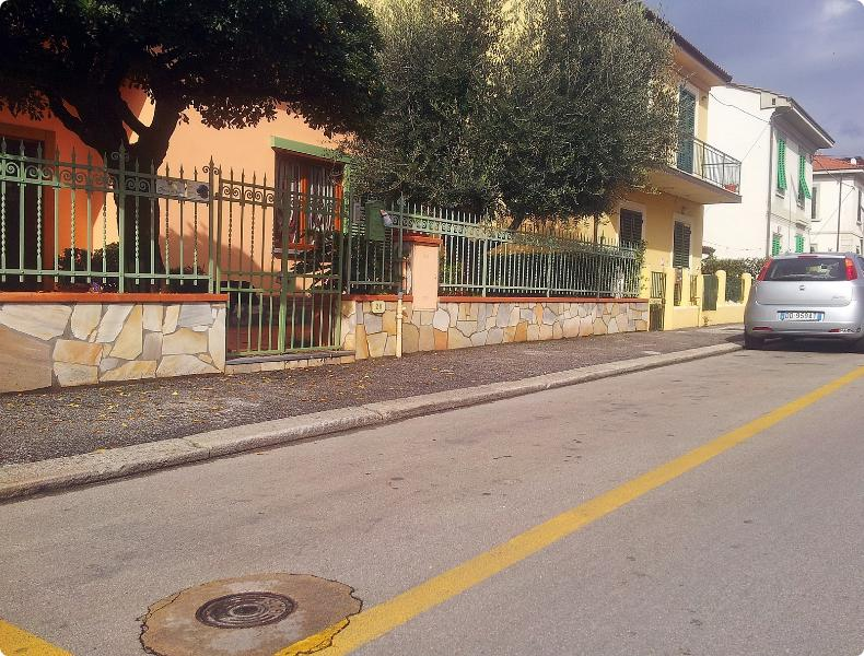Apartment in quiet citycenter zone - Image 1 - Montecatini Terme - rentals