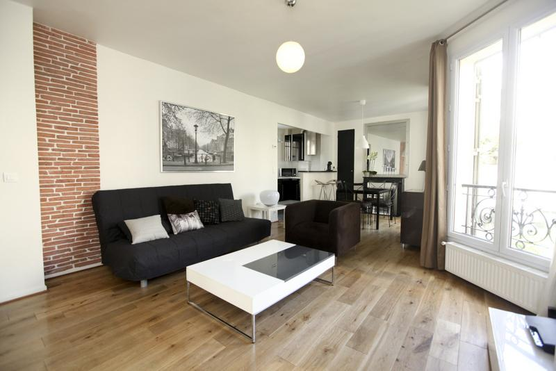 Large Lounge with Sofa bed - BTWN CANAL ST MARTIN & MARAIS: LUXE AND TRENDY - Paris - rentals