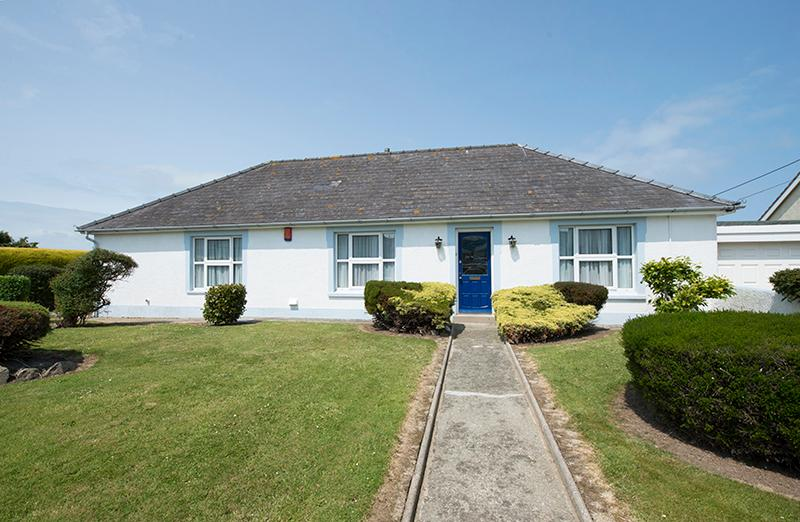 Five Star Pet Friendly Holiday Home - Sibrwd Y Clychau, St Davids - Image 1 - Saint Davids - rentals