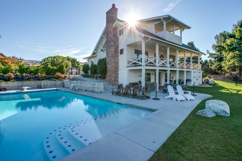 Farm House with Large Heated Pool