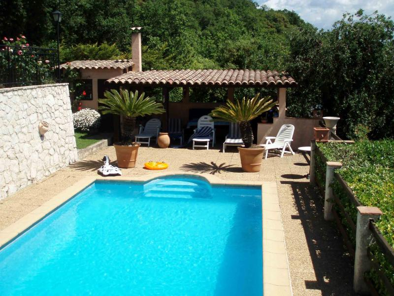 The pool house and Sundeck with BBQ, over looking the Riviera and the sea