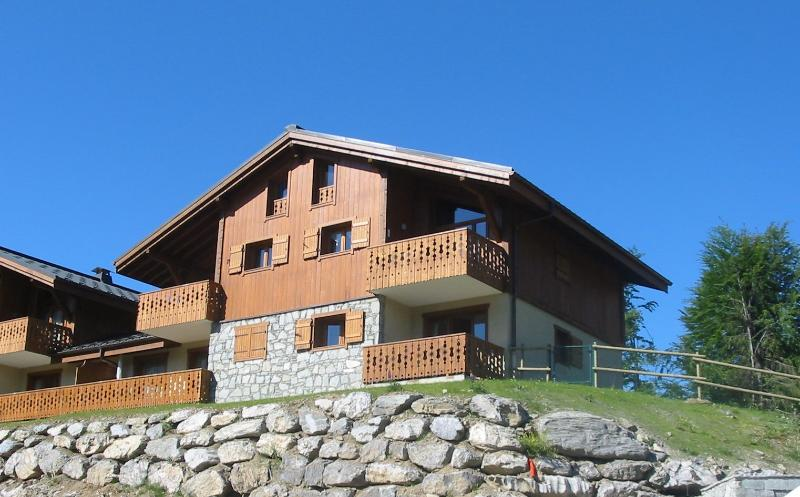 Beautiful MGM Chalet Apartment in Les Carroz
