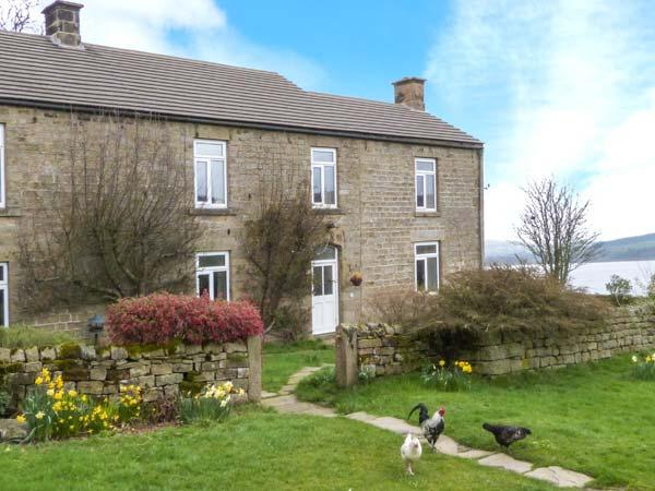 POTT HALL COTTAGE, character holiday cottage, with a garden in Masham, Ref 2190 - Image 1 - Masham - rentals