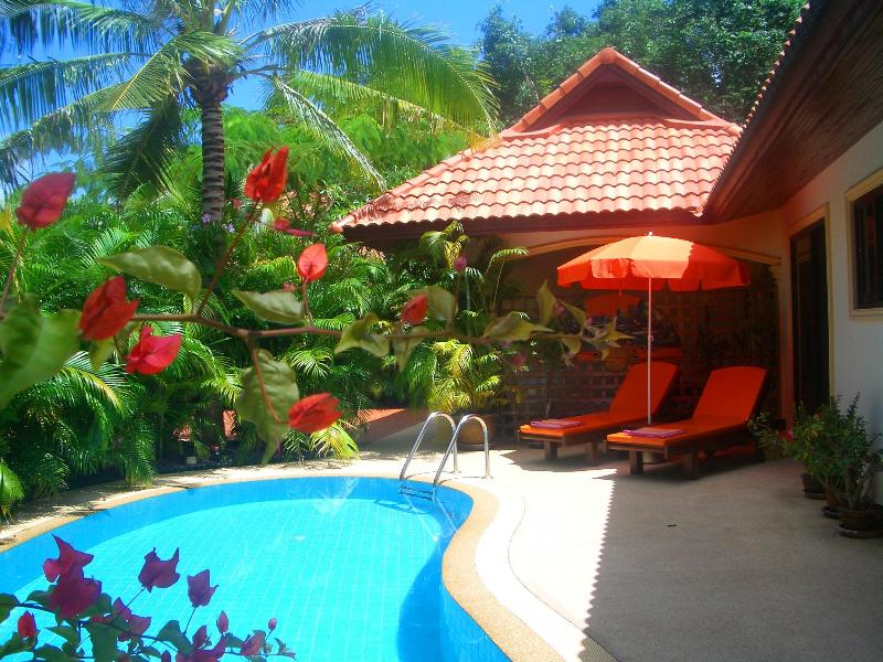 Fabulous Private Pool surrounded by Palm Trees and Bathed in Sunshine - Coconut Paradise Villa - Luxury Private Pool Viila - Rawai - rentals