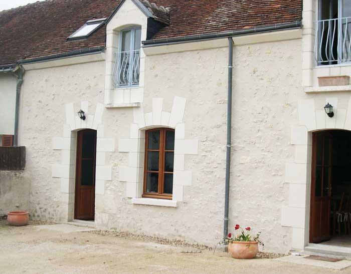 L'Hibou: 18th century cottage with heated pool. - Image 1 - Loire Valley - rentals