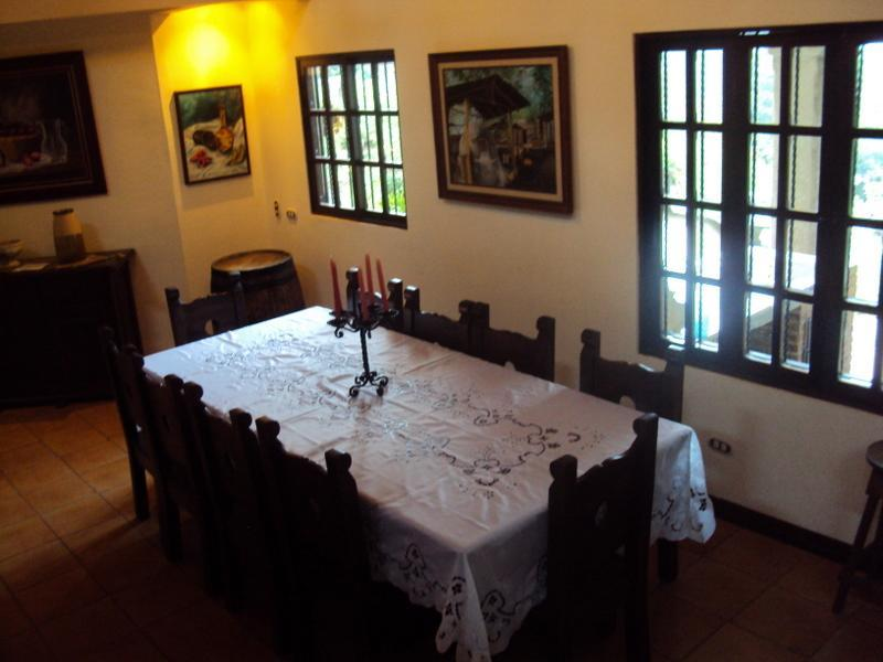Dinning room - Cabaña Don Orlando - Beautiful relaxing home - Heredia - rentals
