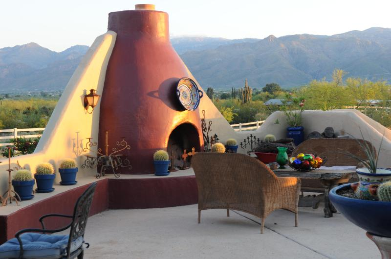 Outdoor Fireplace w/Views of the Catalinas