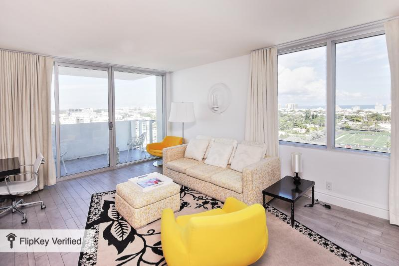 Miami South Beach Luxury Condo Hotel-Largest one bedroom - Image 1 - Miami Beach - rentals
