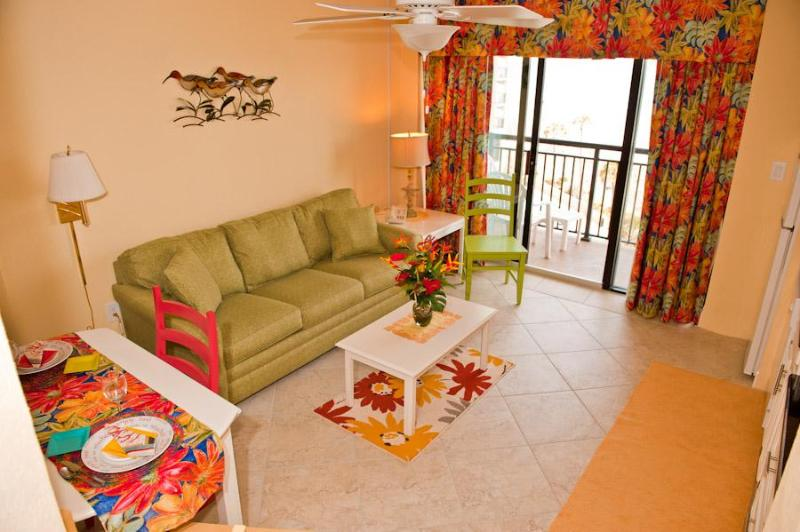 Comfortable, Clean Living Room over looking the ocean - Start planning your NEW TRIP to the beach today! - North Myrtle Beach - rentals
