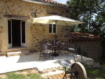 Jasmine Cottage terrace - Jasmine Cottage in rural SW France - Laguepie - rentals