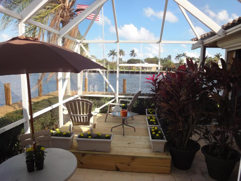 THE STUDIO APARTMENT'S COZY AND PRIVATE PATIO/PORCH WITH AMAZING VIEWS! - Studio Apartment-intracoastal Waterway-dock-beach! - Delray Beach - rentals