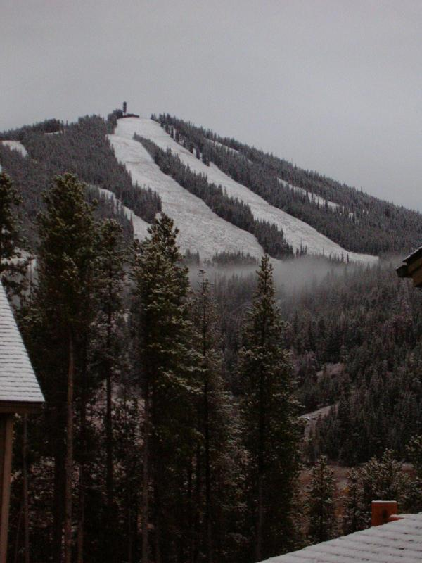 View of the Ski Runs! - 3 Bedroom Across from the Resort! - Winter Park - rentals