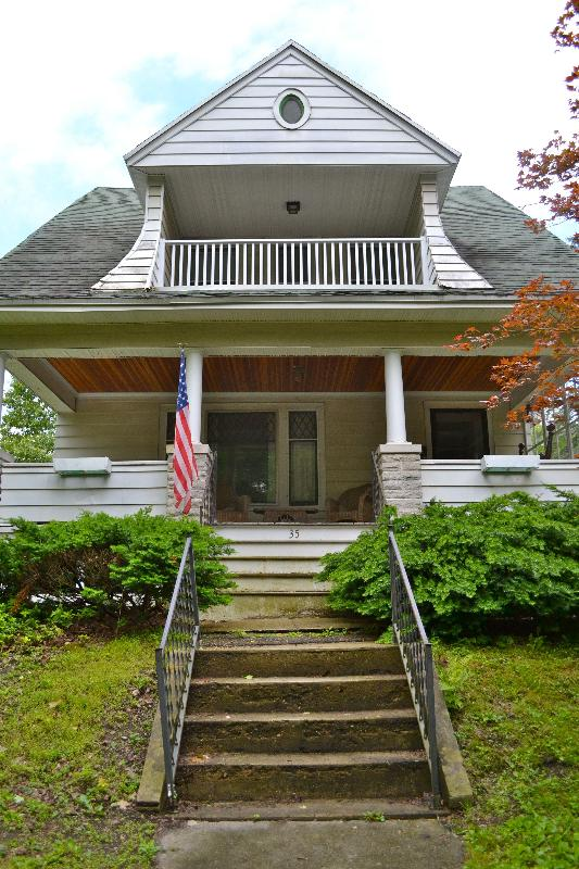35 Saint James Avenue - For Rent in Lee -- the Berkshires -- Walk to Town! - Lee - rentals