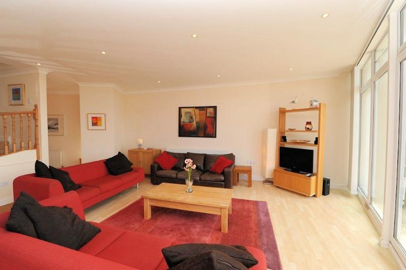 Surf View Woolacombe Holiday Cottages Large Sitting Room