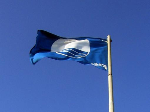 blue flag for clean water even 2014