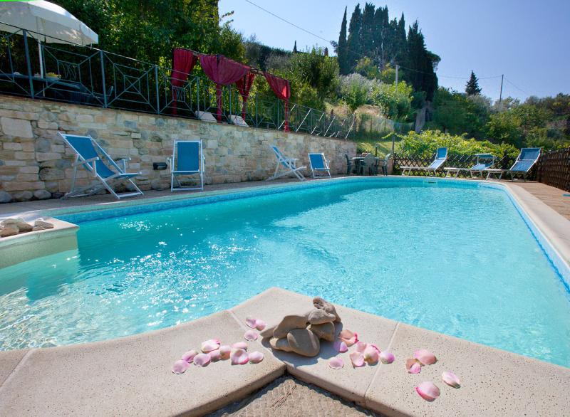 Villa cottages rental in Perugia Umbria - The new eco swimming pool