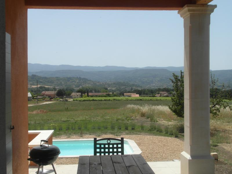 From the covered terrace views sublime to the Luberon!