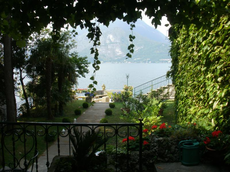 The vista that welcomes you from ' la casa piu' bella di varenna'