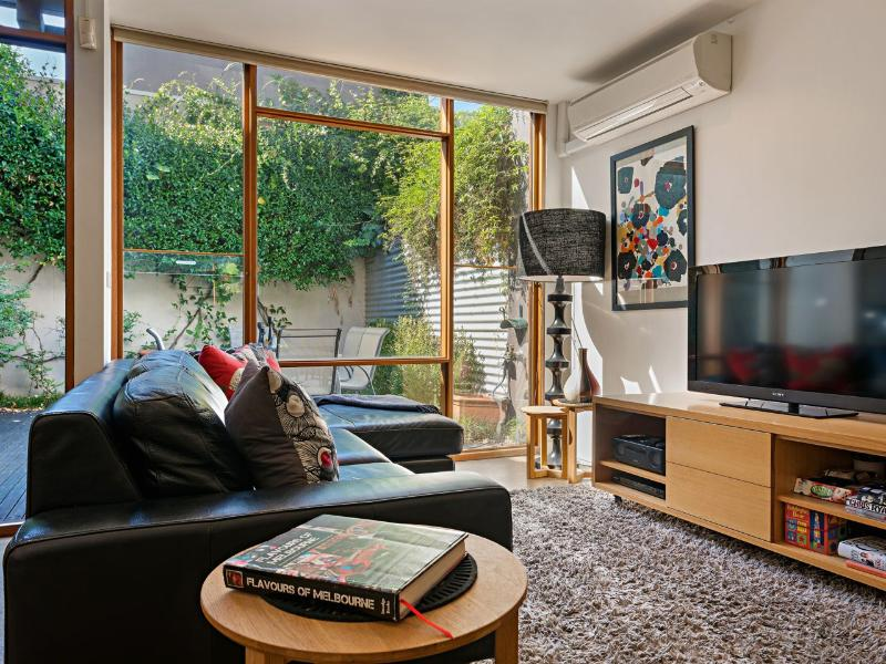 Enjoy the widescreen TV, music player, WiFi, & beautiful garden. Fully air conditioned & heated.