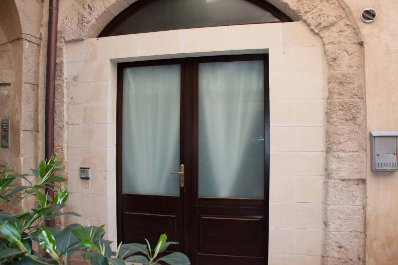 Front Door - Barocco Dream - Lecce - rentals