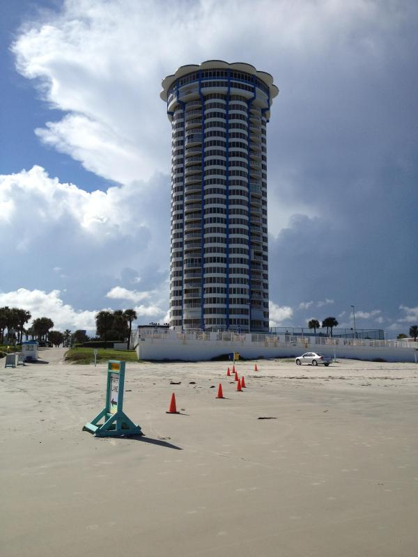 Peck Plaza Condominium - 14th Floor Beach Barrier Reef Condo on the Ocean - Daytona Beach Shores - rentals