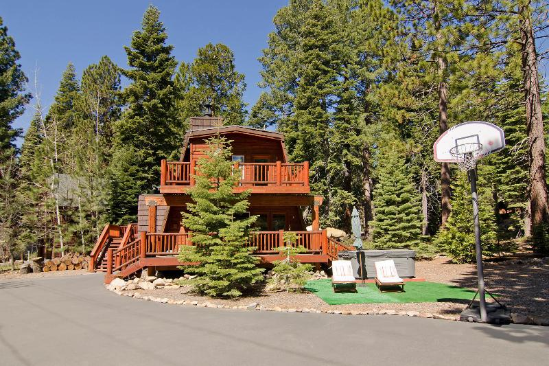 Front Exterior with plenty of parking, Basketball hoop, Hot tub & Tiki Lounge - Across from Lake Remodel, Peak Views, Hot tub, Tiki Lounge - Carnelian Bay - rentals