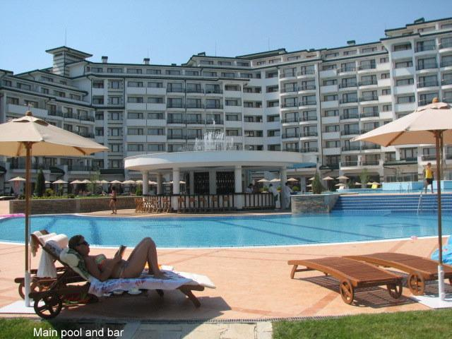 Main pool - Apartment in 5 Star Emerald Spa Resort, Ravda - Ravda - rentals