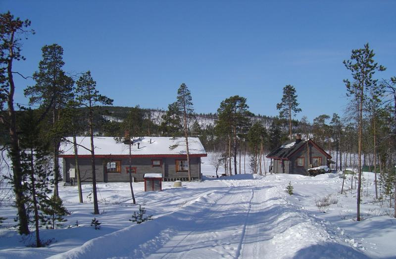 Cottage in winter - Holiday cottage at lake Inari, Lapland. - Ivalo - rentals
