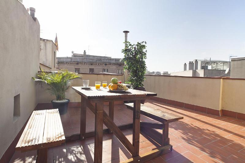 Beautiful duplex in the heart of El Born (13) - Image 1 - Barcelona - rentals