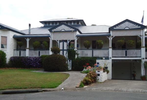 Replica Queenslander style home - 5br/3 bath elegant home in Brisbane's southside - Eight Mile Plains - rentals