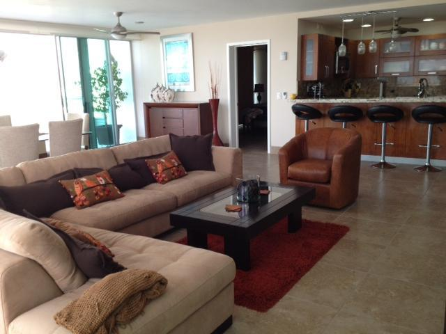 livingroom/kitchen/dining - Breath Taking Ocean views, Penthouse 2700sf Patio - Nuevo Vallarta - rentals