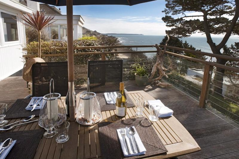 Eating al fresco and the amazing sea views
