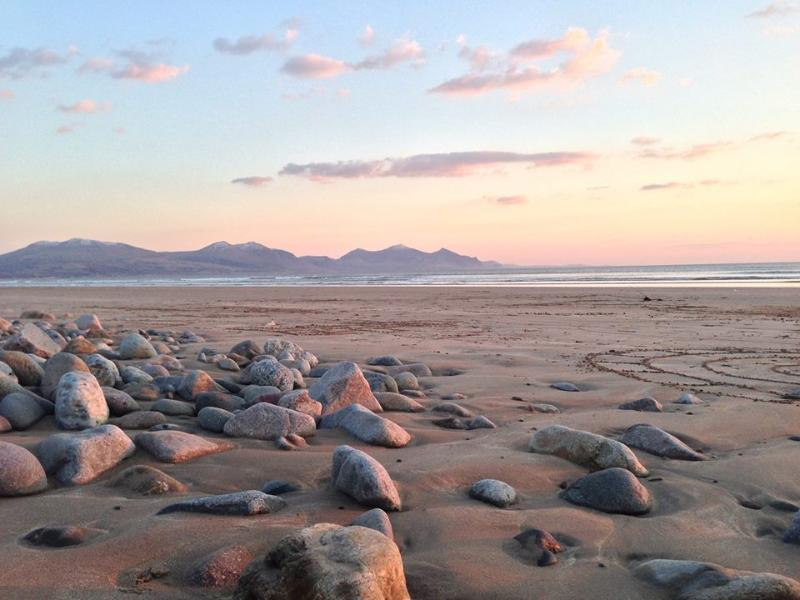 Award winning Blue Flag Beach at Dinas Dinlle Blue Flag Beach on your doorstep