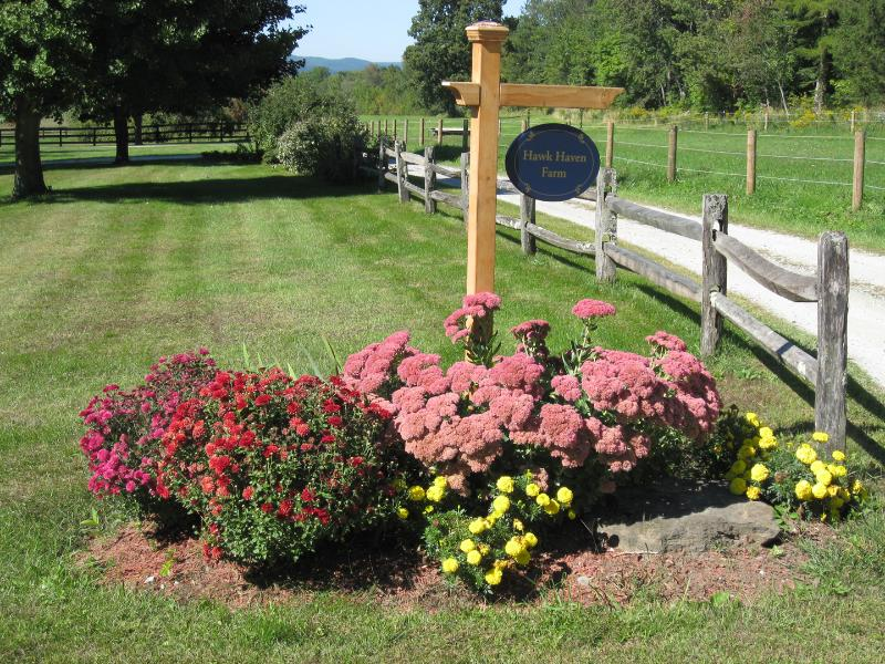 Welcome to Hawk Haven Farm - Great Cottage on Country Lane - Pawling - rentals