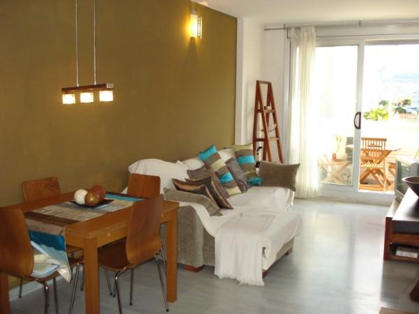 Living/indoor dining - Denia Beach & Town Apartment - Denia - rentals