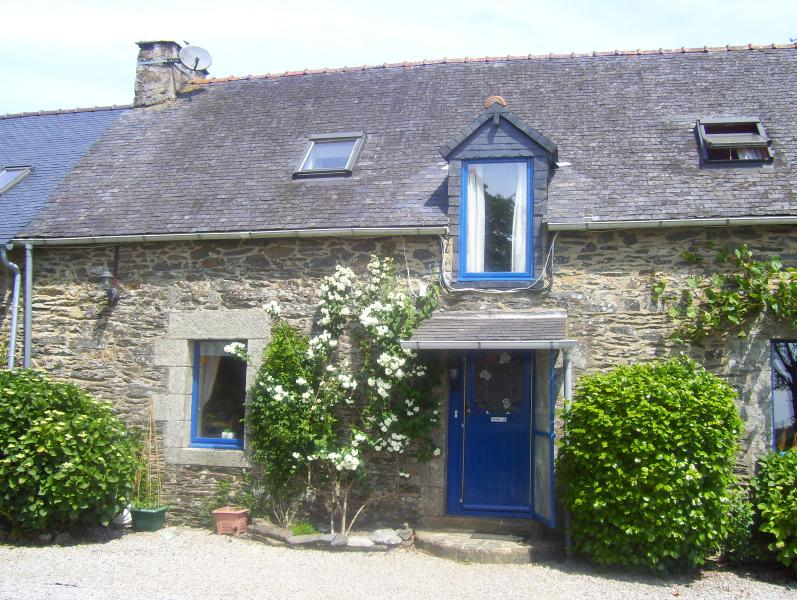Le Boterff Farmhouse and Gites. Peace and tranquility at the heart of lovely Breton countryside.