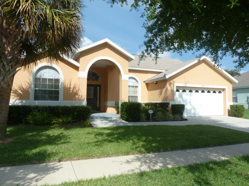 'Sunny Days' Villa Front - Your home for your Floridian Holiday.