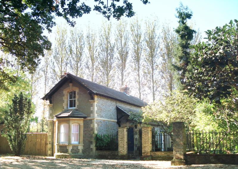 Upper Lodge Farm a 19th Century Royal County of Berkshire farmhouse for rent