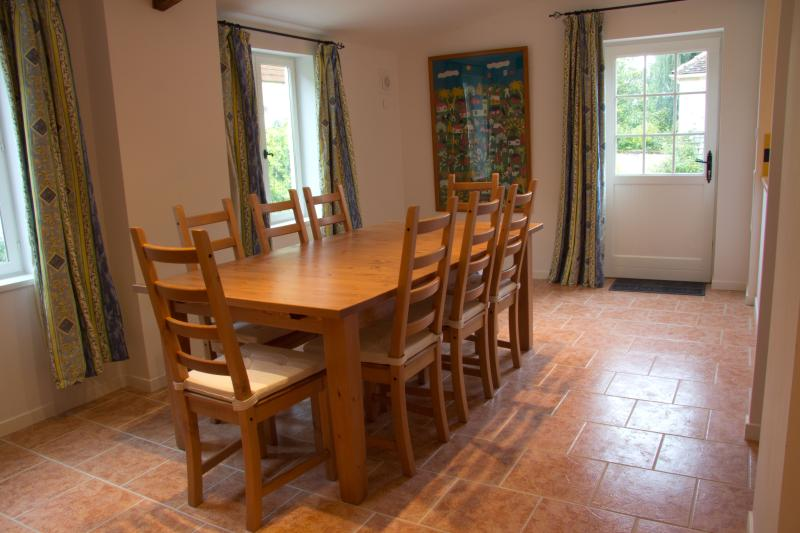 Dining Room - Great for socialising